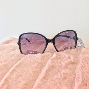 Accessories - NWT Oversized Square Sunglasses - Black (17)
